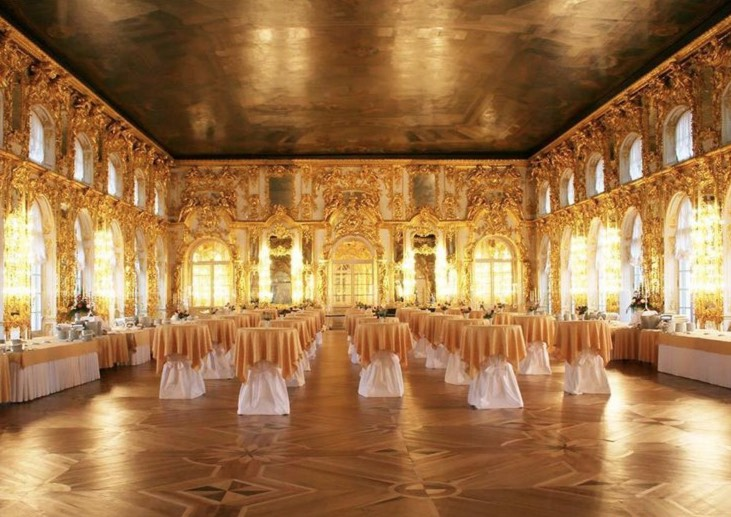 Il palazzo di caterina a san pietroburgo come comprare i for Planimetrie del palazzo con sala da ballo