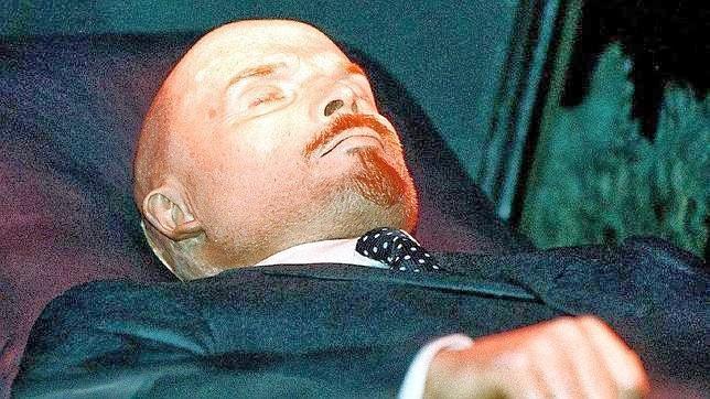Lenin einbalsamiert