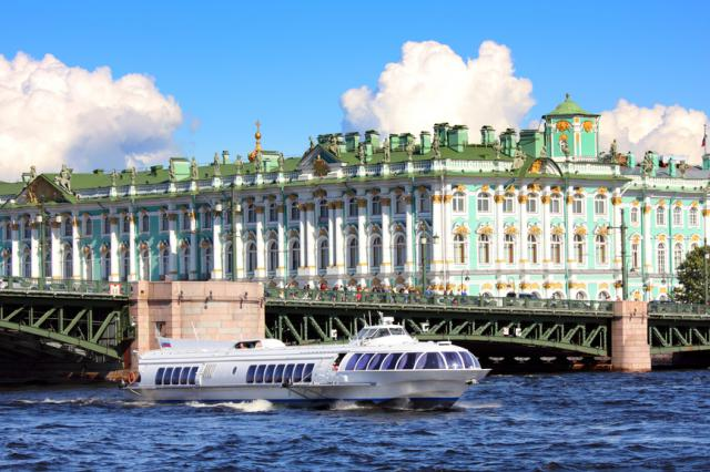 Hydrofoil to Peterhof 2