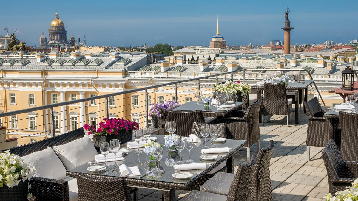 Bellevue-brasserie terrazza-vista-Saint-Petersburg