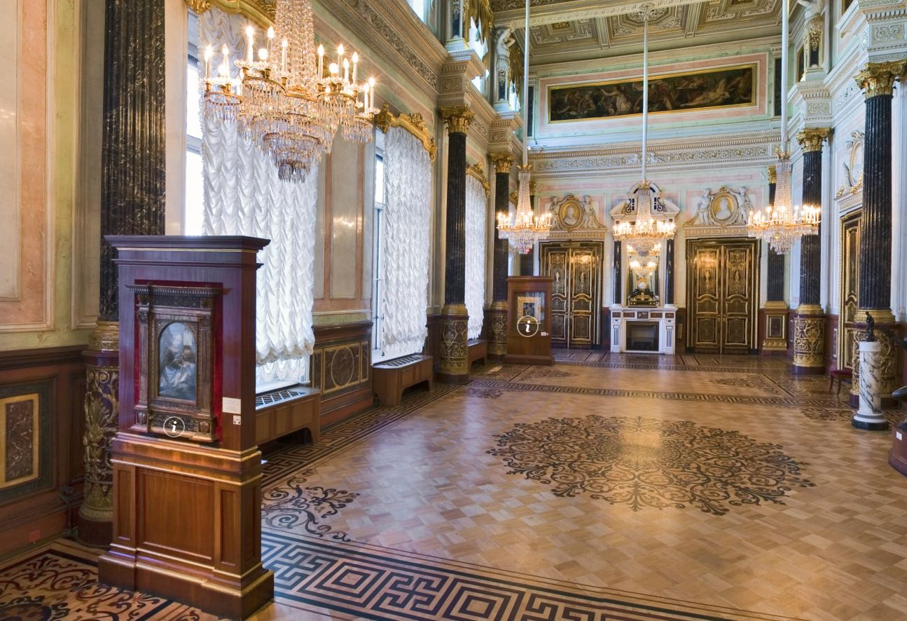 Opening hours of the Hermitage: when to visit and what to see