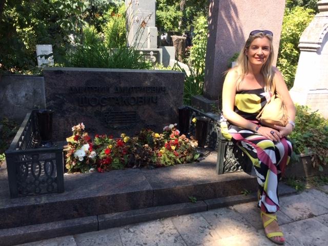 Irena en cementerio Novodevichi