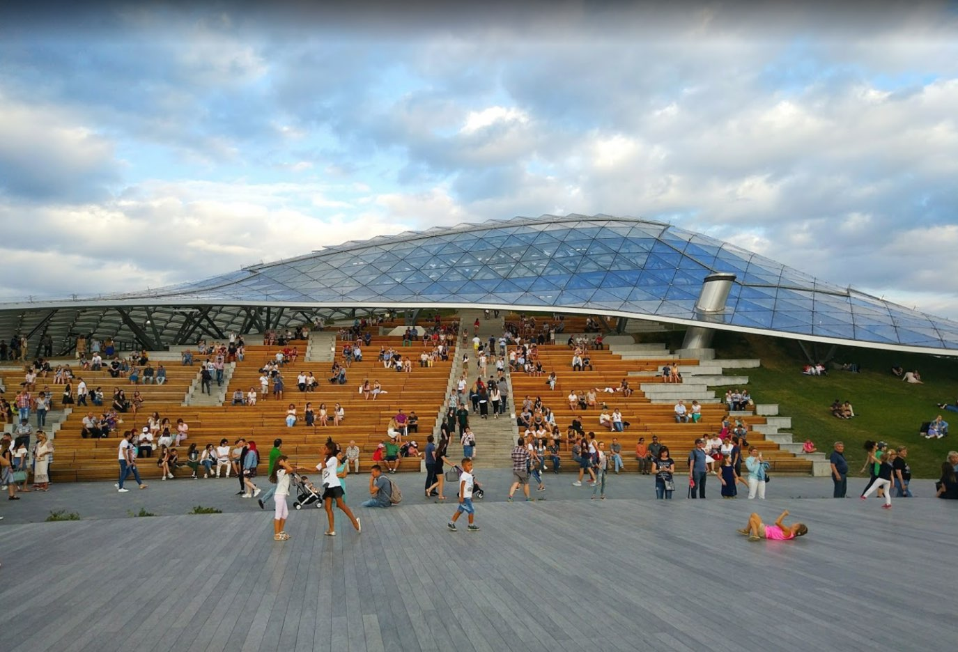 Great amphitheater - Zaryadye Park