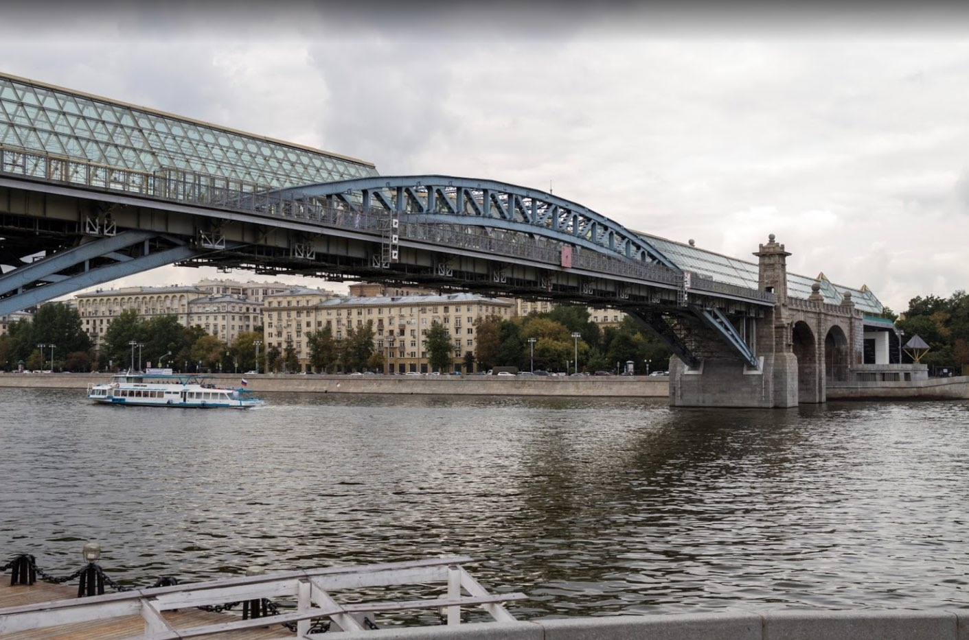 Pushkinskiy bridge