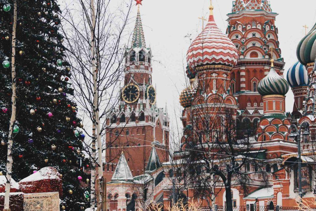 Mosca Piazza Rossa a Natale con la neve
