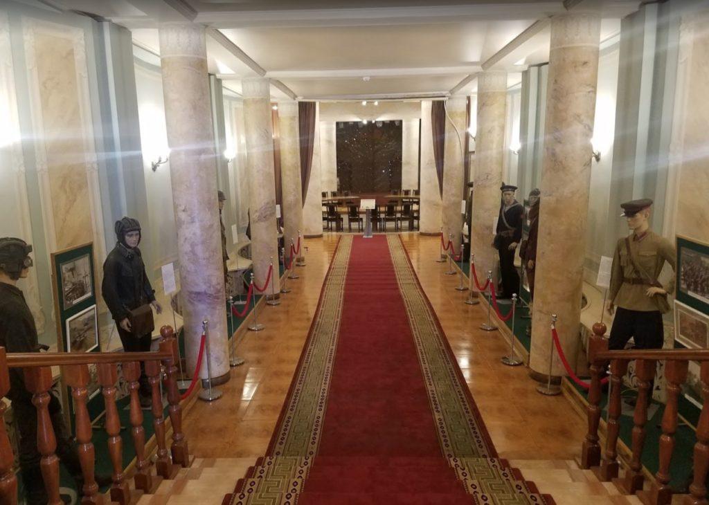 Salle de réunion du bunker de Staline