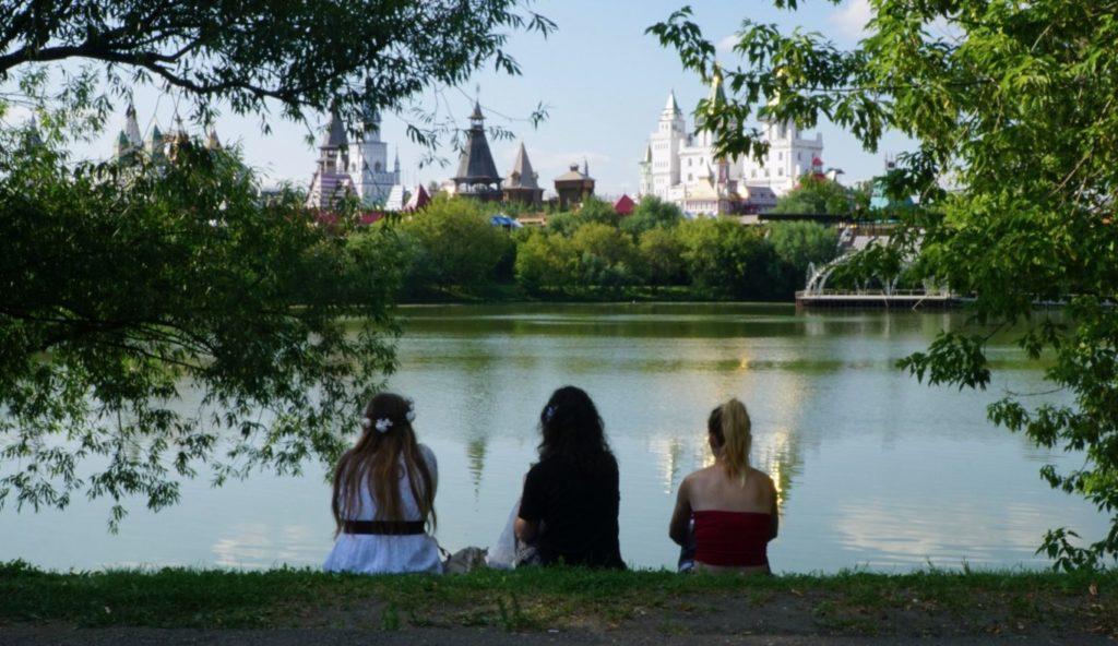 Viste del Cremlino di Izmaylovo dalla tenuta di Izmailovo