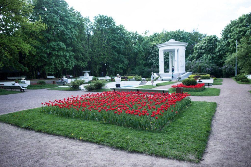 Gazebo dell'800 ° anniversario di Mosca -  Arbor 2